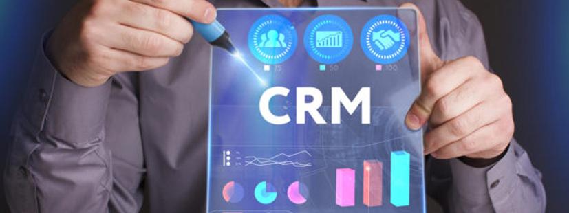 ¿Qué características debe tener un CRM?