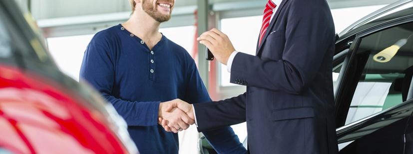 Las mejores prácticas para apoyar a tu equipo de ventas de autos